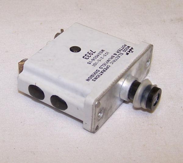MS24506-15, 103-215-101, Circuit Breaker, 15 Amp